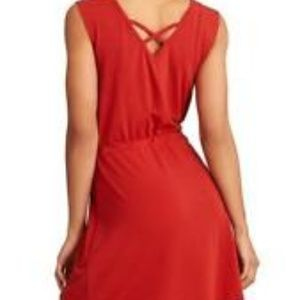 """ATHLETA """"Lively Dress"""" IN RED SIZE SMALL"""